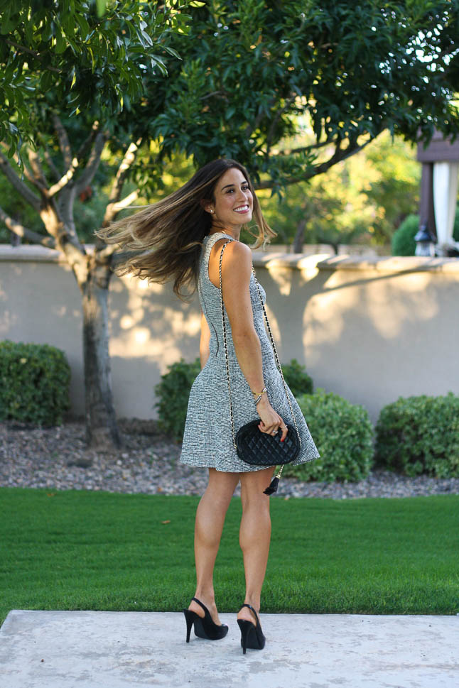 Grey Tweed Swing Dress - The perfect dress for fall and winter with some boots or peep toe heels | adoubledose.com