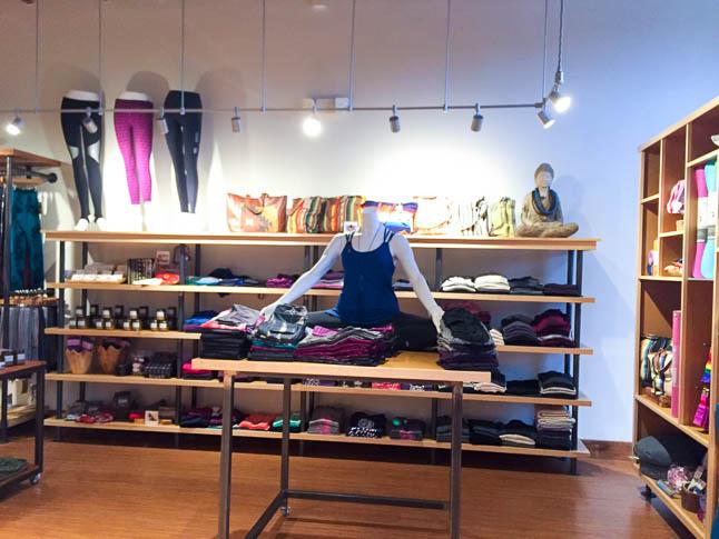 Plum Yoga Dallas- all about our favorite yoga studio in Dallas | adoubledose.com