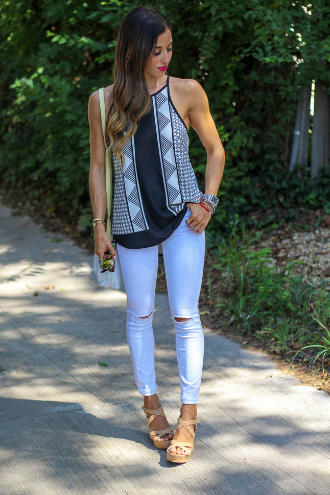 Black and White Top | adoubledose.com