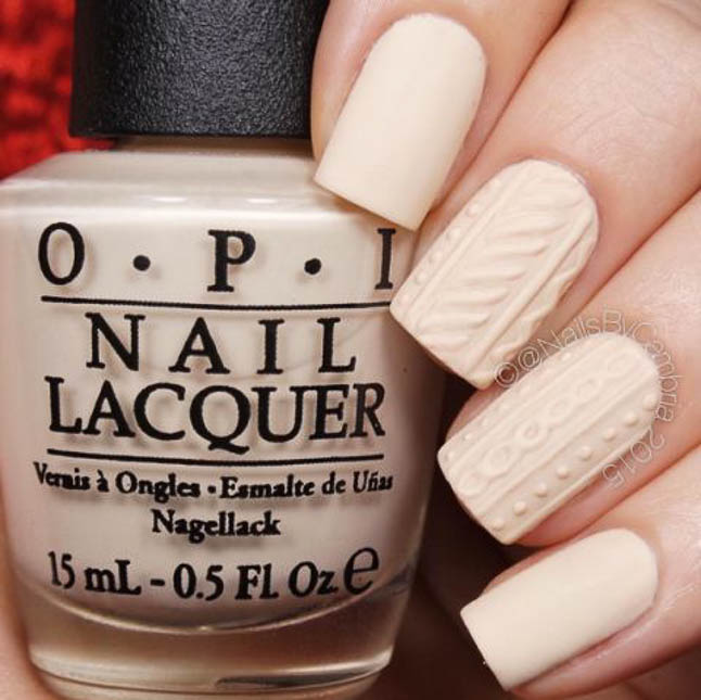 fashion and lifestyle bloggers alexis belbel and samantha belbel share their favorite fall nail colors : OPI My Vampire Is Buff