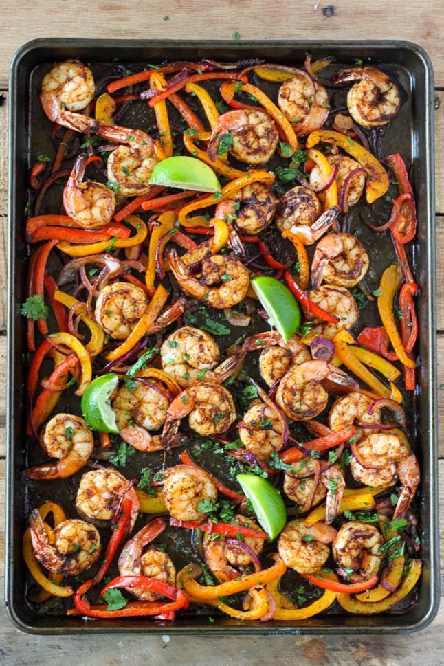Sheet Shrimp Fajitas - A Double Dose of Fitness | adoubledose.com