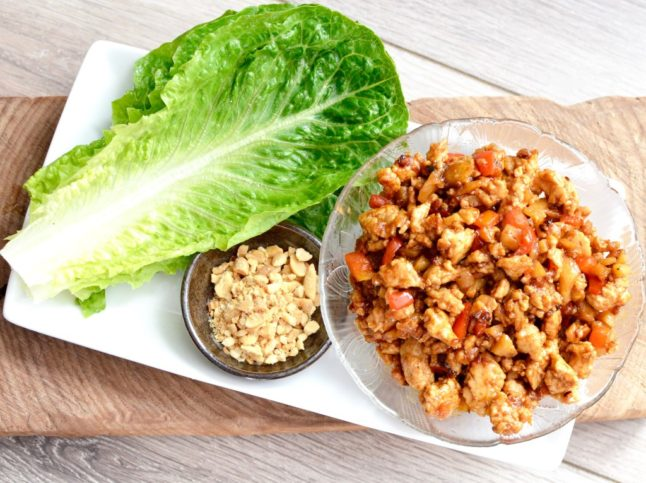 Chicken Lettuce Wraps - Double Dose of Fitness | adoubledose.com