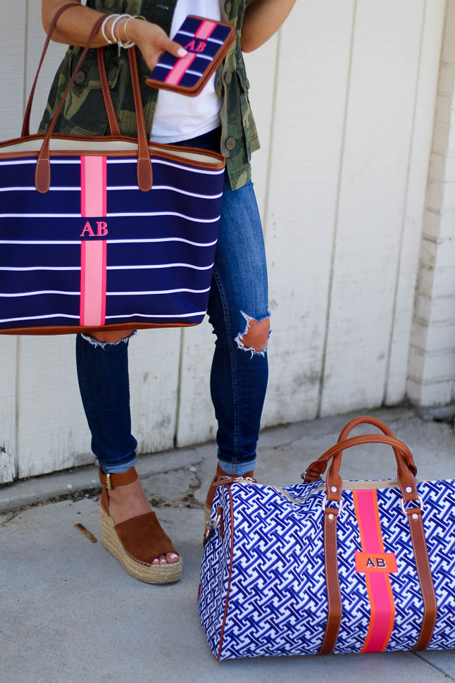 Must Have Travel Bags   adoubledose.com