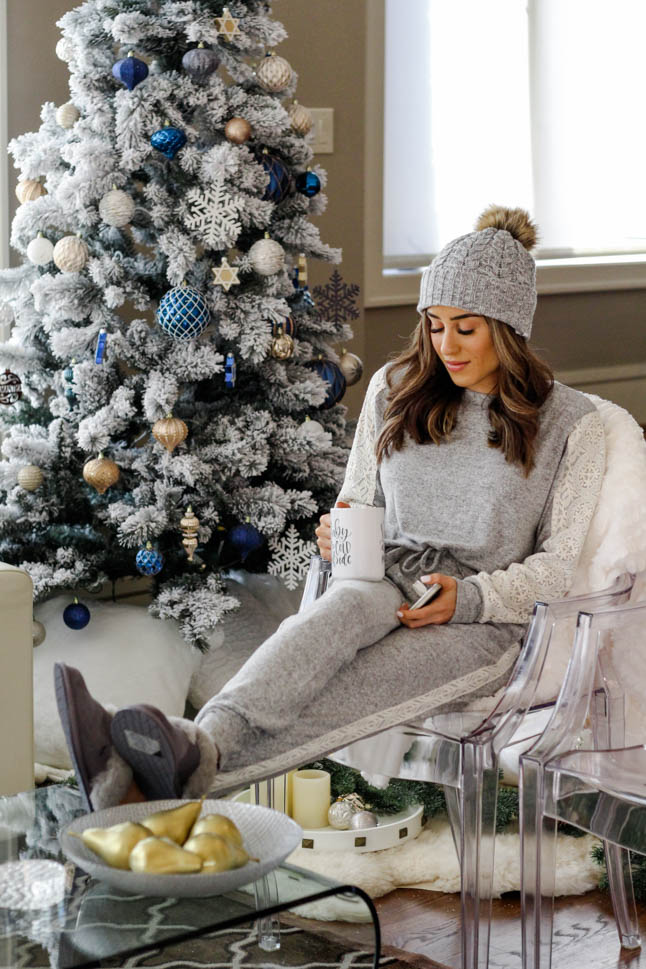 Cozy For The Holidays At Home | adoubledose.com