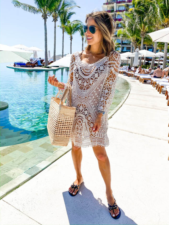 lifestyle and fashion bloggers alexis and samantha belbel share their experience and stay at Grand Velas Los Cabos Resort and the wellnessing getaway retreat | adoubledose.com