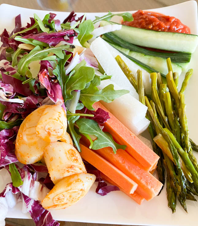 fashion and lifestyle blogger alexis belbel sharing what she eats in a day at home and out, including plant based snacks, breakfast, lunch, and dinner   adoubledose.com