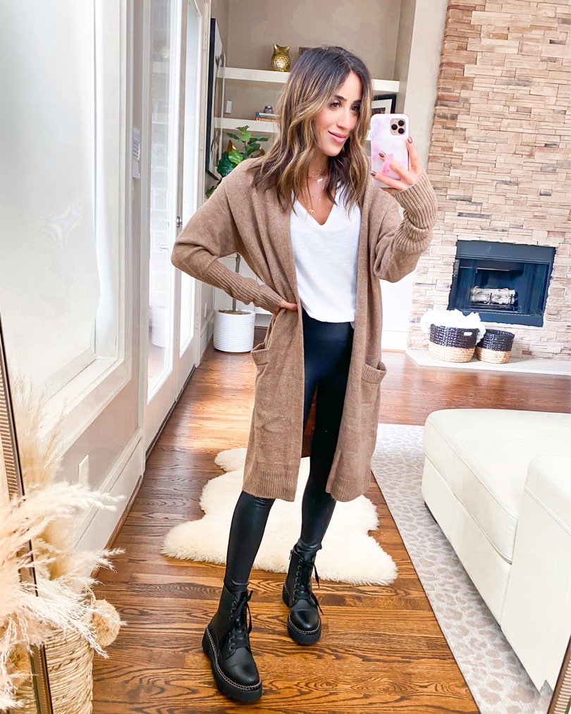 thanksgiving outfit ideas to wear for any outing with leggings, jeans, sweater dress, booties | adoubledose.com