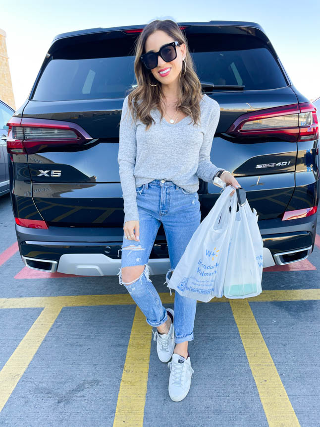 lifestyle and fashion blogger samantha belbel shares how she uses Walmart Grocery Pickup and Delivery to get groceries for the week and how much she saves vs Kroger and a recipe for a festive new years eve fruit plate| adoubledose.com