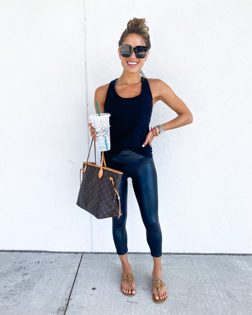 alexis and samantha belbel share their favorite things in 2020 and best sellers in clothing like abercrombie jeans, sandals, fitness gear and leggings, and more | adoubledose.com