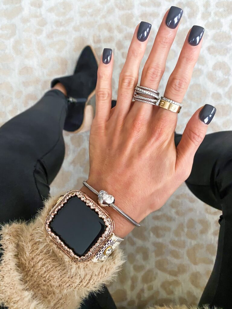 lifestyle and fashion bloggers alexis and samantha belbel sharing their everyday jewelry favorites including their personalized gold necklaces, earrings, david yurman rings and bracelets, and apple watch and michele watches | adoubledose.com