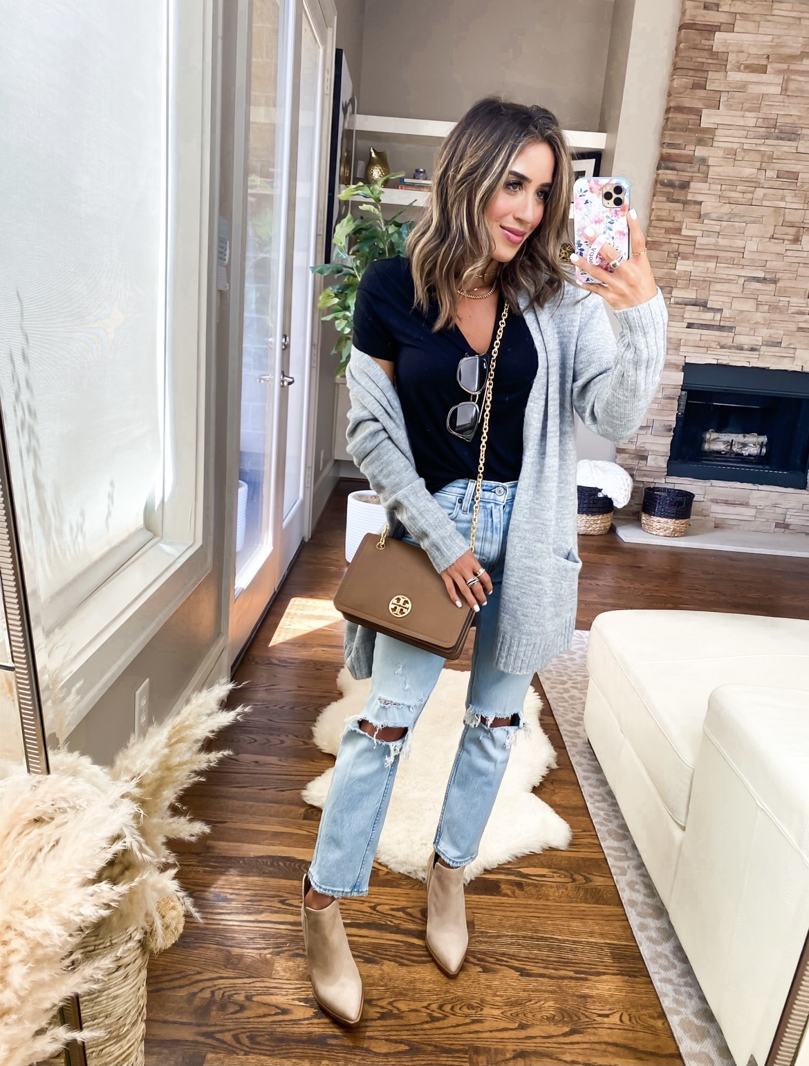 lifetsyle and fashion bloggers alexis and samantha belbel share their must haves from the 2021 Nordstrom Anniversary Sale | adoubledose.com