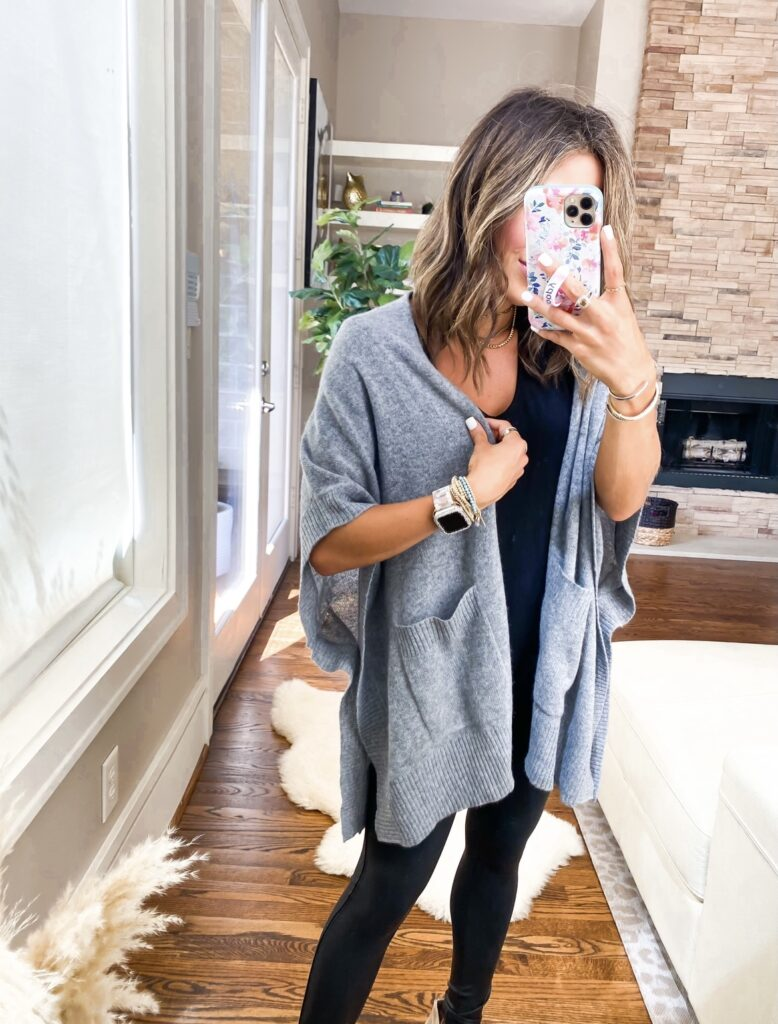 lifetsyle and fashion bloggers alexis and samantha belbel share their must haves from the 2021 Nordstrom Anniversary Sale   adoubledose.com